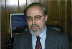 """Julio Gil Pecharromán: """"En Historia no debe existir el pensamiento único. La Verdad Revelada no es una categoría historiográfica, sino religiosa"""""""