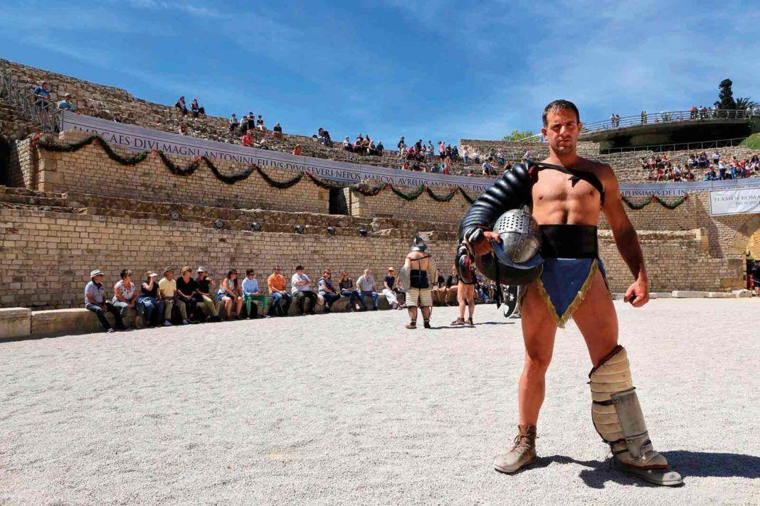 Algunas de las recreaciones históricas y festivales celebrados durante la pasada edición en Tarragona, que atesora algunos de los mejores monumentos romanos de Occidente © Manel R. Granell / Festival Tarraco Viva.