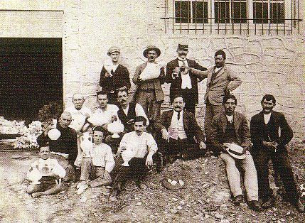 Alfareros valencianos en Orán, hacia 1915,