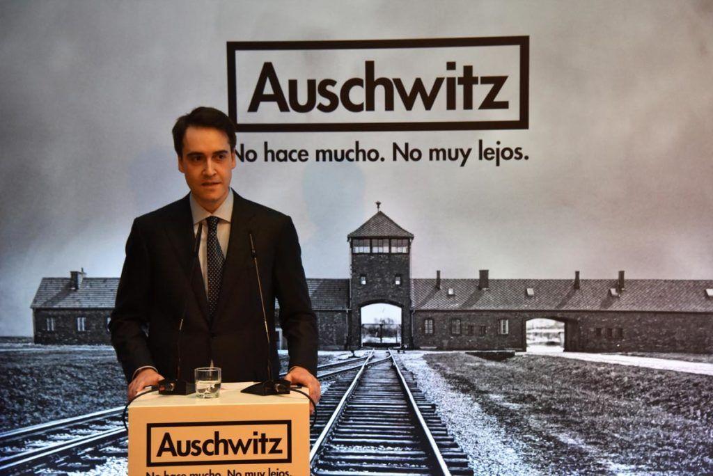 """Luis Ferreiro, director de Musealia y de la exposición """"Auschwitz. No hace mucho. No muy lejos""""."""