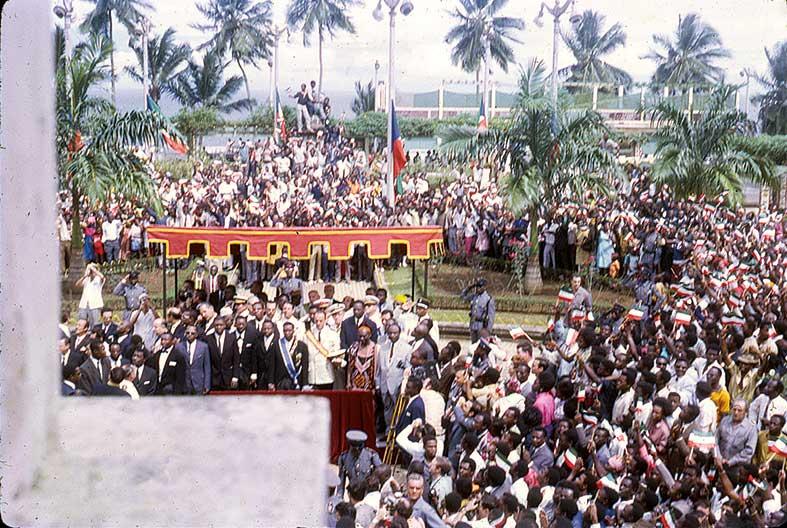 INDEPENDENCIAS ÁFRICA Y ASIA aper12 de octubre de 1968. Independencia de Guinea Ecuatorial © Rafael Calatayud Sauco / La Aventura de la Historia.