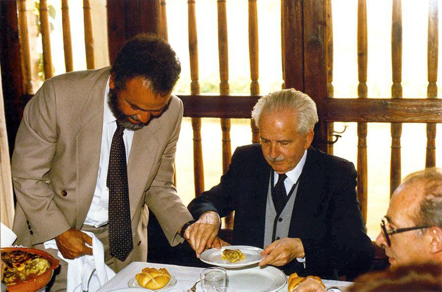 Julio Baroja junto a Abderrahmán Sherif Jah.