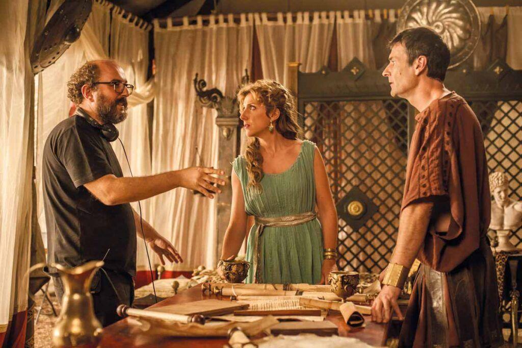 """Un momento del rodaje de """"Justo antes de Cristo"""", comedia televisiva enmarcada en el ocaso de la República de Roma."""