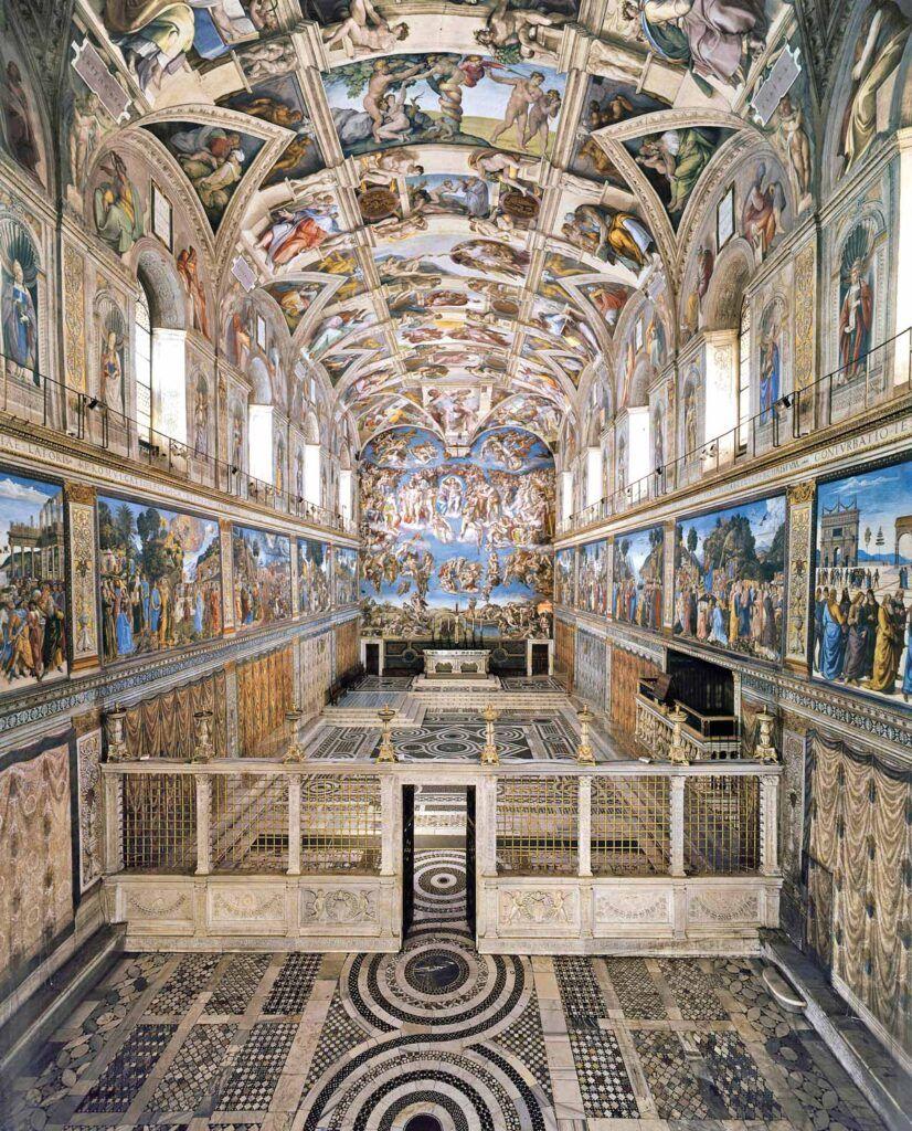 La Capilla Sixtina fue pintada por Miguel Ángel en plena Contrarreforma. Su finalidad era reforzar la idea de la supremacía de los papas, el primado de Pedro.