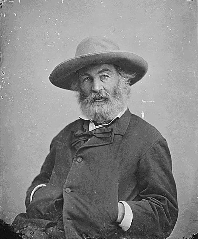 El poeta Walt Whitman en Washington, hacia 1865.