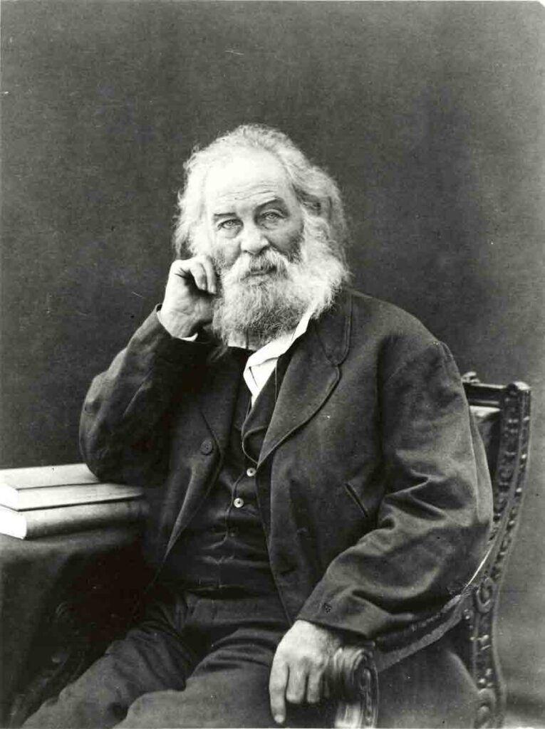 El poeta Walt Whitman probablemente en Nueva York, hacia 1870.