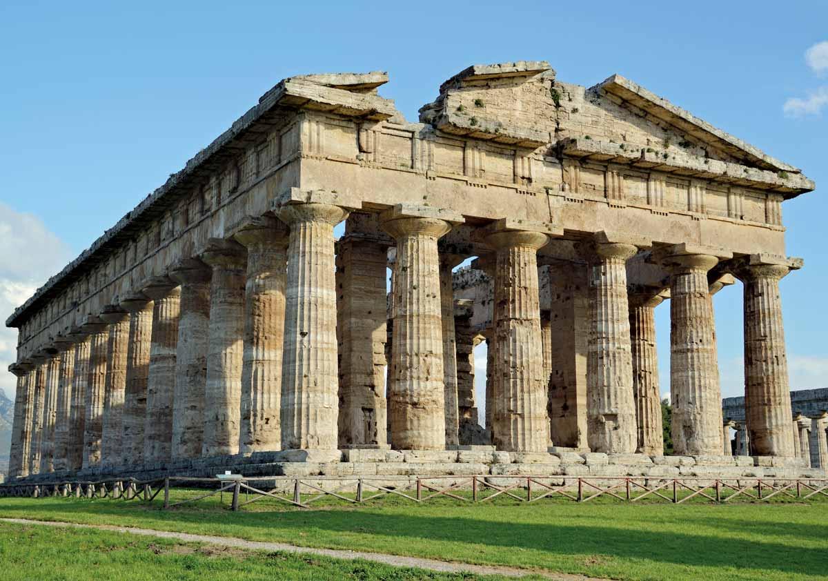 Templo dórico en Posidonia, una colonia helénica fundada por Síbaris.